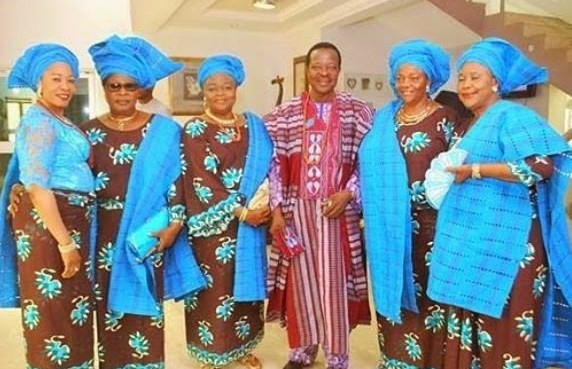 King Sunny Ade step out with his 5 wives