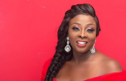 Jennifer's dairy Adaku clocks 40 (photos)