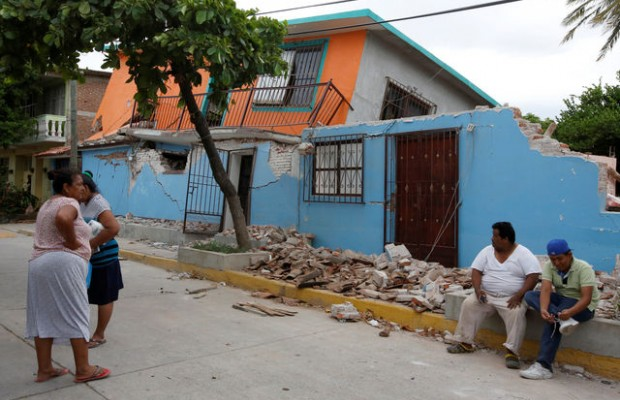 Mexican quake wrecks thousands of homes