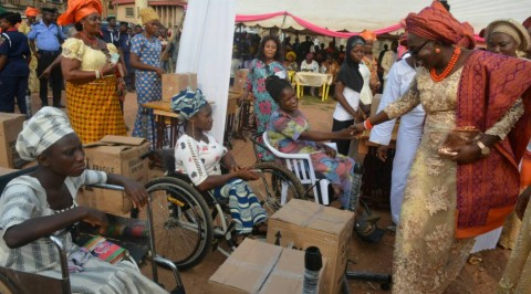 Ondo first lady empowers women in Odigbo LG