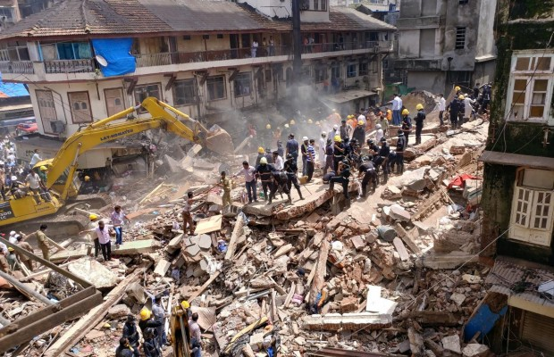 9 dead in collapsed building in India
