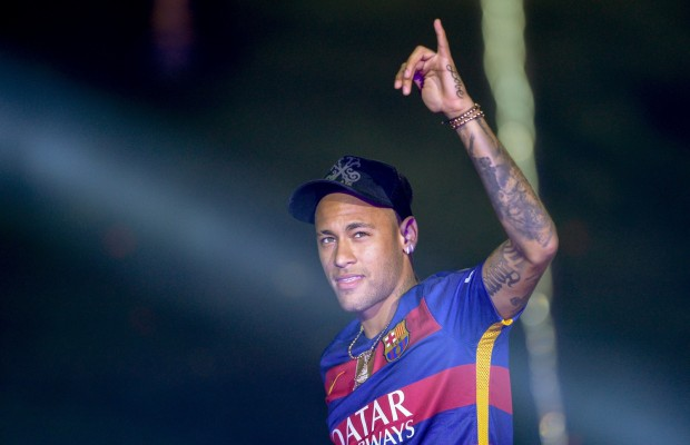 See what Neymar is to earn an hour in PSG