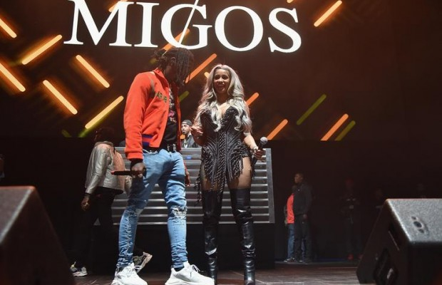 Offset proposes to Cardi B live on stage