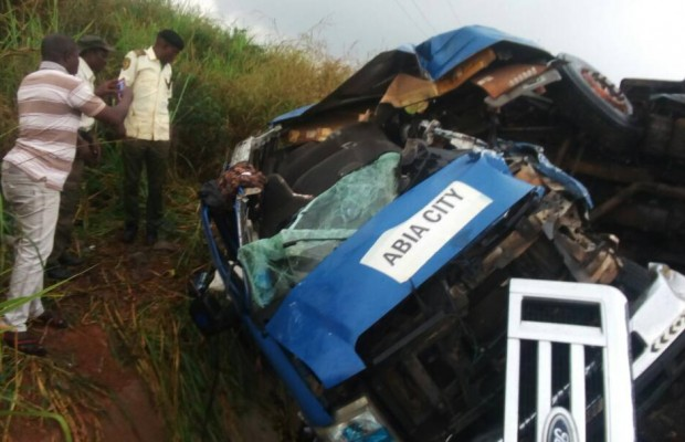8 killed, scores injured in horrible motor accident