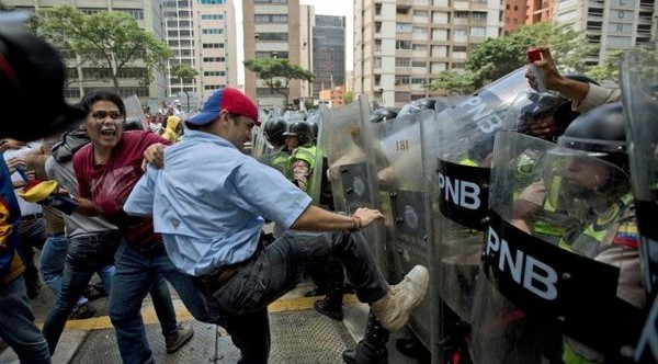 37 prison inmates killed in Venezuela