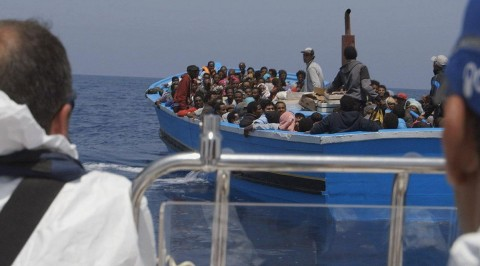 Tunisian ship collides with migrant boat